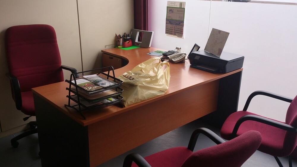oficinas iluminadas